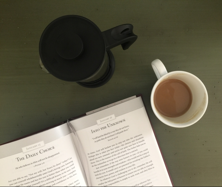 5 Ways to Incorporate Deeper Bible Study Into Your Hurried Morning Routine